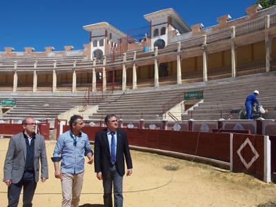 Mariscal visita las obras de la Plaza de Cuenca