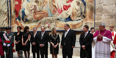 La alcaldesa de Toledo preside el Corpus Christi