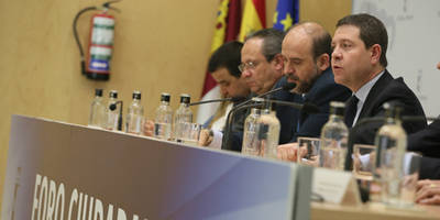 El presidente García-Page condena los atentados de Bruselas y muestra la solidaridad de la región con los fallecidos y sus familias