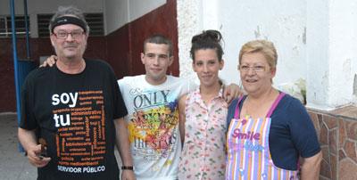 Talavera se vuelca con la familia García