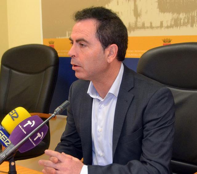 PSOE pide acelerar los trámites del área logística