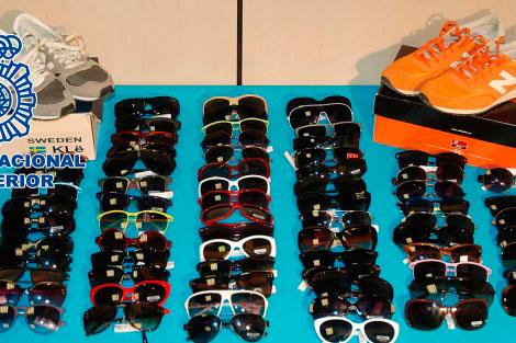 Roba cuatro gafas de m�s de 1.000 euros