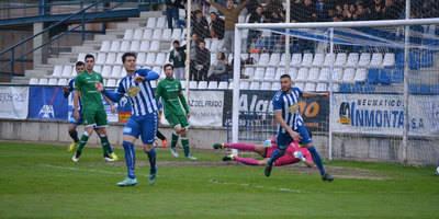 El CF Talavera desaprovecha la oportunidad de salir del descenso