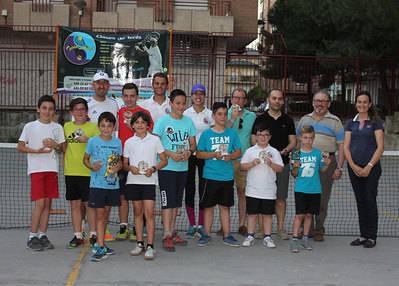Tennischool cierra la temporada en el Rafael Morales