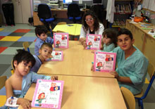 Los niños ingresados en el Hospital de Talavera celebran el Día Internacional de la Discapacidad con un cuento
