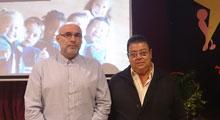 Francisco Zariquiey muestra las nuevas tendencias del aprendizaje cooperativo en el Colegio Rafael Morales
