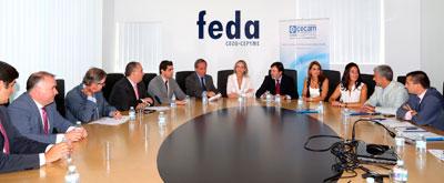 """Casero: """"El apoyo de Cospedal a nuestros empresarios se traduce en la rebaja fiscal y la supresión de la tasa de exportación"""""""