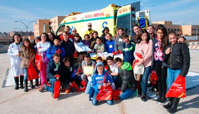 Alumnos del colegio Nuestra Señora del Prado conocen de cerca el Hospital