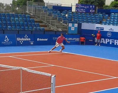 Yahir Alcolea, un tenista en busca de patrocinio