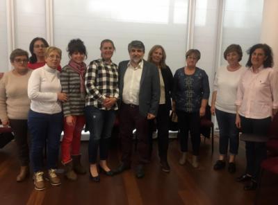 CLM facilita formación continua y apoyo psicosocial a las trabajadoras de las Viviendas de Mayores de la provincia de Toledo