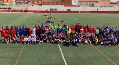 La Diputación apoya la primera liga de fútbol femenino aficionado en la provincia de Toledo