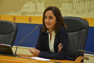 """La viceportavoz, Flora Bellón, denuncia la """"falta de control, de información y de transparencia por parte del Gobierno Ramos"""""""