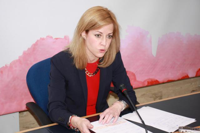 El PSOE pide a Tejerina que deje de pensar en trasvases y ponga en marcha al 100% las desaladoras
