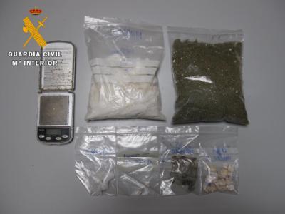 La Guardia Civil detiene a dos personas en El Casar de Escalona por tráfico de drogas