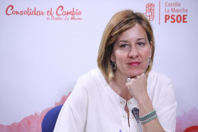 a portavoz del Grupo Parlamentario Socialista, Blanca Fernández