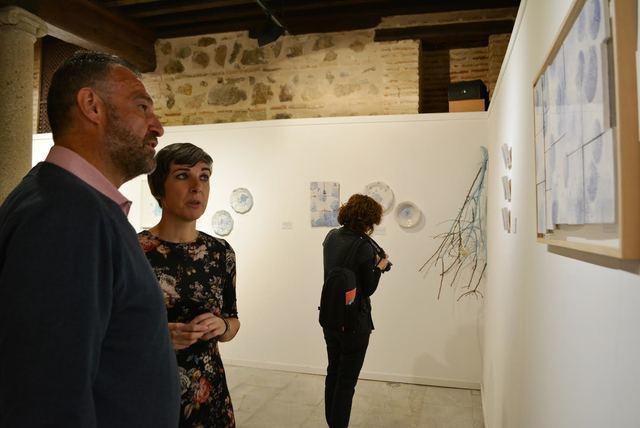 'Inmaginarte', la exposición cerámica de pequeñas cosas cotidianas