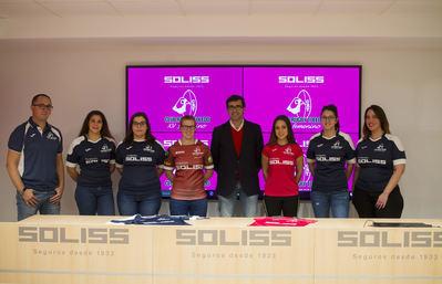 La Fundación Soliss, nuevo patrocinador de las chicas del Club de Rugby Toledo