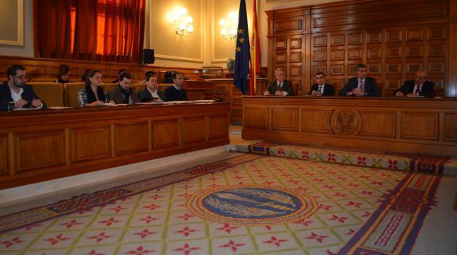 El Pleno de la Diputación confirma el reparto equitativo de los fondos provinciales