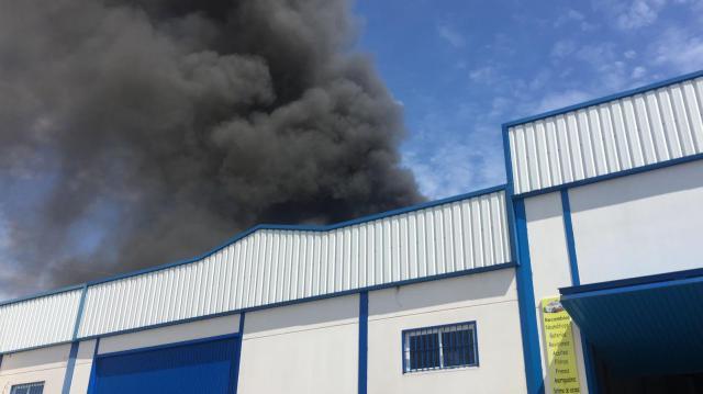 Bomberos de Santa Olalla continúan trabajando en la extinción del incendio de Pepino, ya controlado