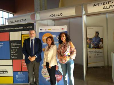 El Campus de Talavera acoge la segunda edición de la Feria de Movilidad 'Lánzate a Europa'