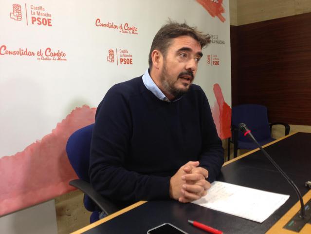 El presidente del Grupo socialista, Rafael Esteban