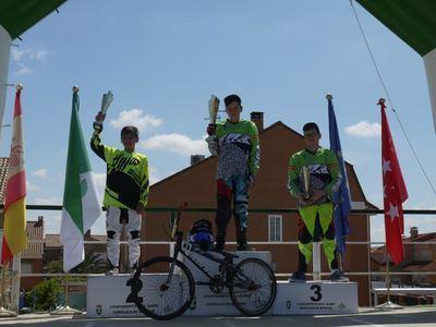 Fantásticos resultados para los pilotos del club BMX Los Pinos