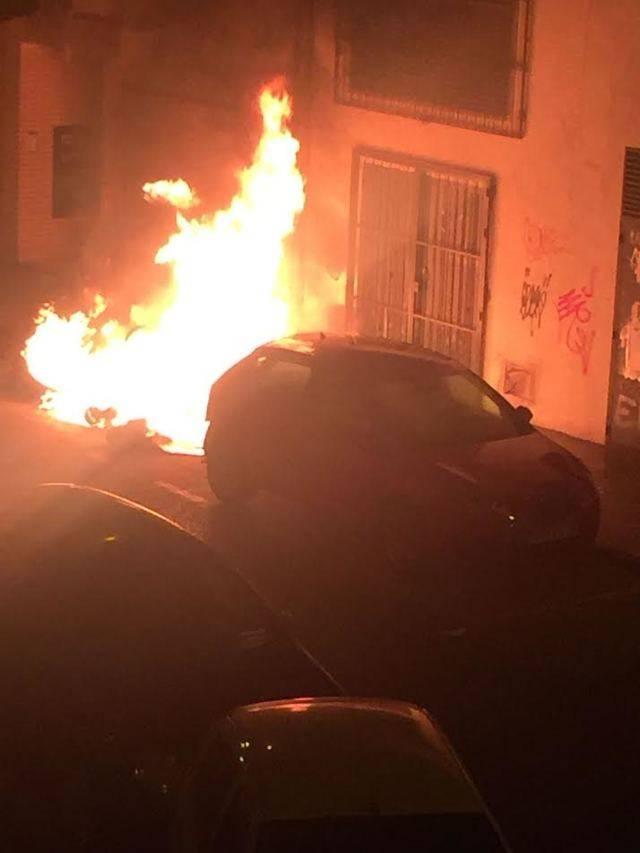 Susto por el incendio de un contenedor en Talavera (IMÁGENES)