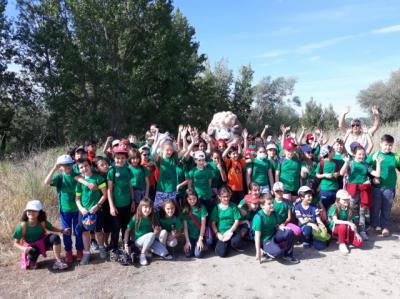 Los Alfares promueve la limpieza del paraje natural de Cabañuelas para celebrar el Día del Medio Ambiente