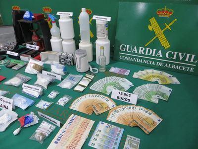 Detenidas 8 personas por tráfico de cocaína y desmantelado un laboratorio de drogas