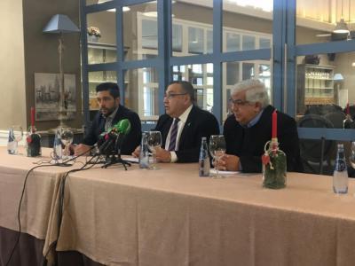 César Almodoni, del grupo inversor AMCA, Antoliano Rivas, director general de la Universidad, y Wilfredo Moreno, presidente de la Fundación CUAM, ofrecieron la rueda de prensa.