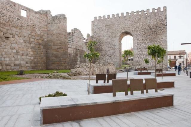 El proyecto preveía la restauración de la muralla y de Entretorres,  por un importe de 2,8 millones de euros