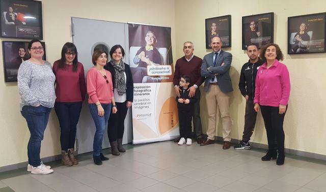 'Atrévete a conocerme', la exposición de fotos de APACE en Talavera