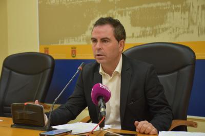 """El PSOE asegura que el Gobierno Ramos ha cuadrado """"a martillazos"""" las cuentas de 2017"""