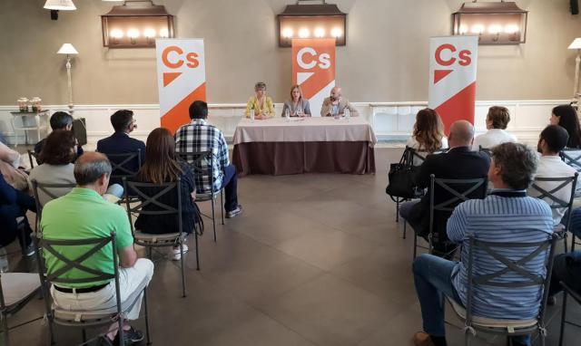"""Susana Hernández: 'Los ciudadanos me han pedido que, de una vez por todas, Talavera esté en la agenda regional"""""""