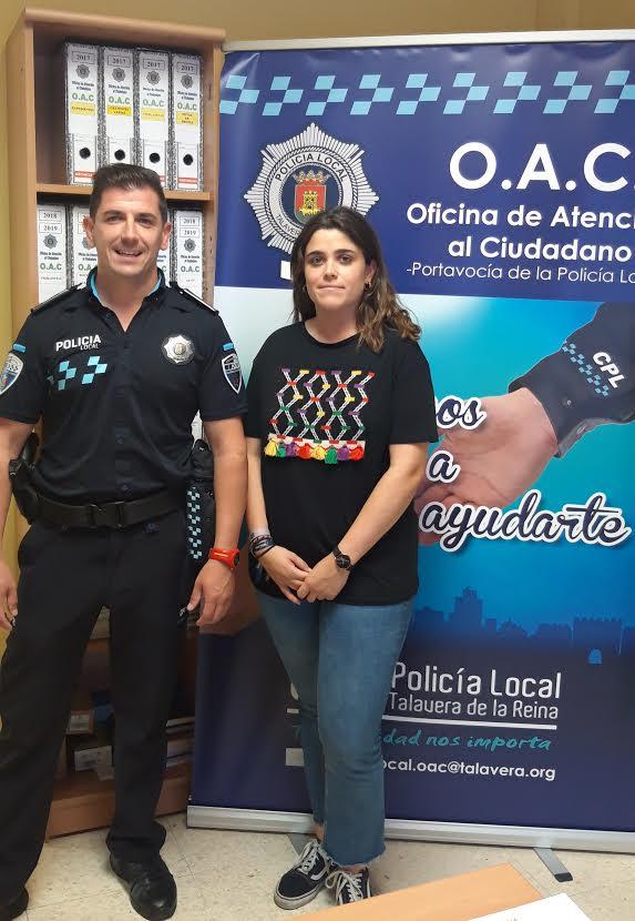 Una alumna de Criminología de la Universidad de Alicante, de prácticas en la Policia Local