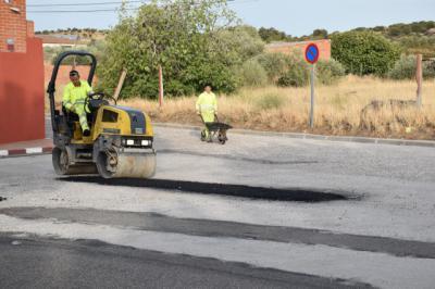 Reparan varias calles de Gamonal
