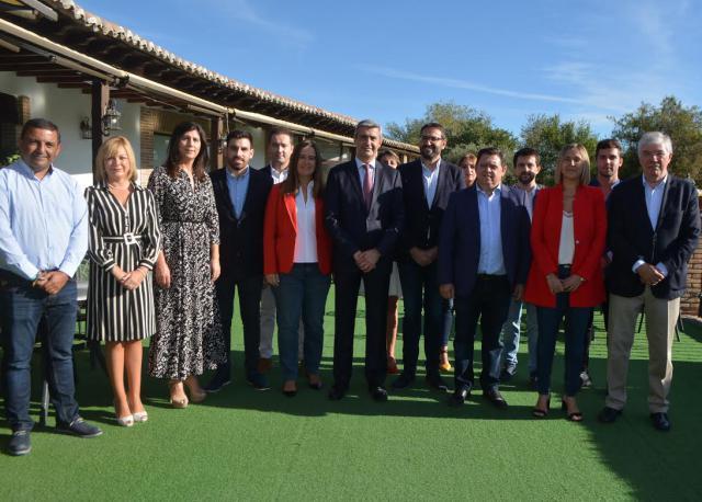 El PSOE CLM presenta una candidatura de 'futuro y progresista frente a la vuelta a Cospedal del PP'
