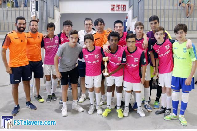 Éxito de participación en el Torneo de Base 'Escuela FST Futsal Cup' celebrado en Cazalegas