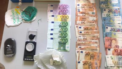 SUCESOS | Operación de la Guardia Civil en un pueblo de Toledo: 6 detenidos, cocaína y marihuana