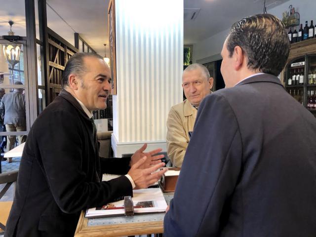 """Gregorio asegura que la """"revolución fiscal"""" de Casado beneficiará a los empresarios talaveranos"""