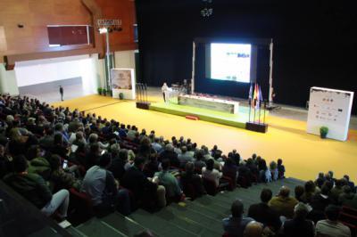 Más de 1.000 personas asisten en Talavera a las Jornadas sobre Pistacho y Almendra