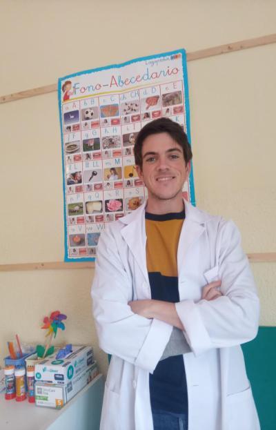 La Fundación Eurocaja Rural premia a un estudiante de la Facultad de Ciencias de la Salud de Talavera