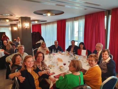 La Unión Democrática de Pensionistas y Jubilados de España 'El Carro' celebró su comida de Navidad