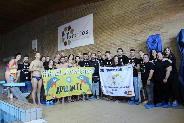 "Torrijos celebró eI EntrELAmiento ""Yo nado por ti"