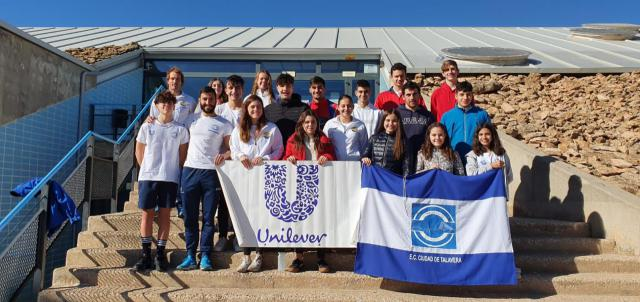 El Club Natación Ciudad de Talavera sigue en el podio
