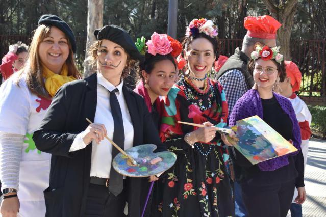 FOTOS | El 'pintoresco' Carnaval del colegio Clemente Palencia