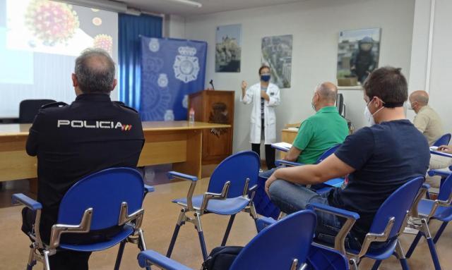 TALAVERA | La Policía Nacional se forma en enfermedades contagiosas
