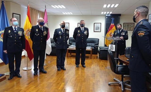 POLICÍA NACIONAL | 24 Cruces al Mérito Policial con distintivo blanco en Talavera y Toledo