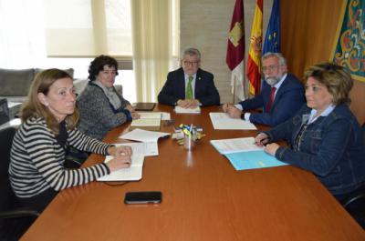 La Junta y el Ayuntamiento se reúnen para avanzar en la puesta en marcha del Conservatorio de Talavera