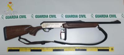 Los tres detenidos por tentativa de homicidio usaron un rifle robado